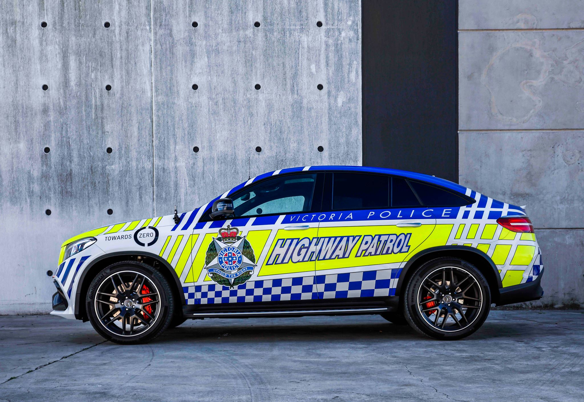 Mercedes Benz Australia Joins Forces With Victoria Police